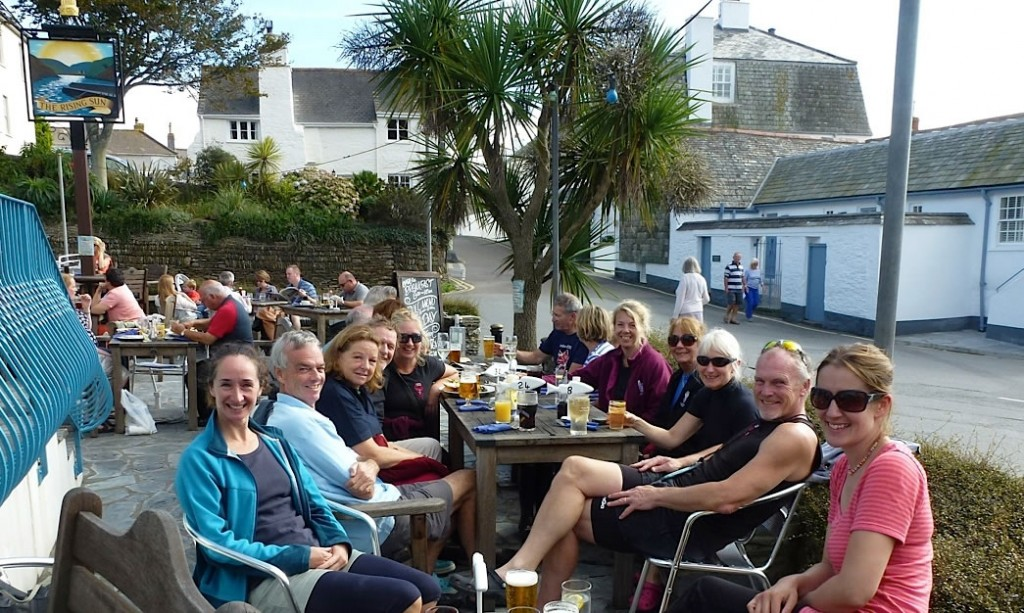 lunchtime_row_st_mawes
