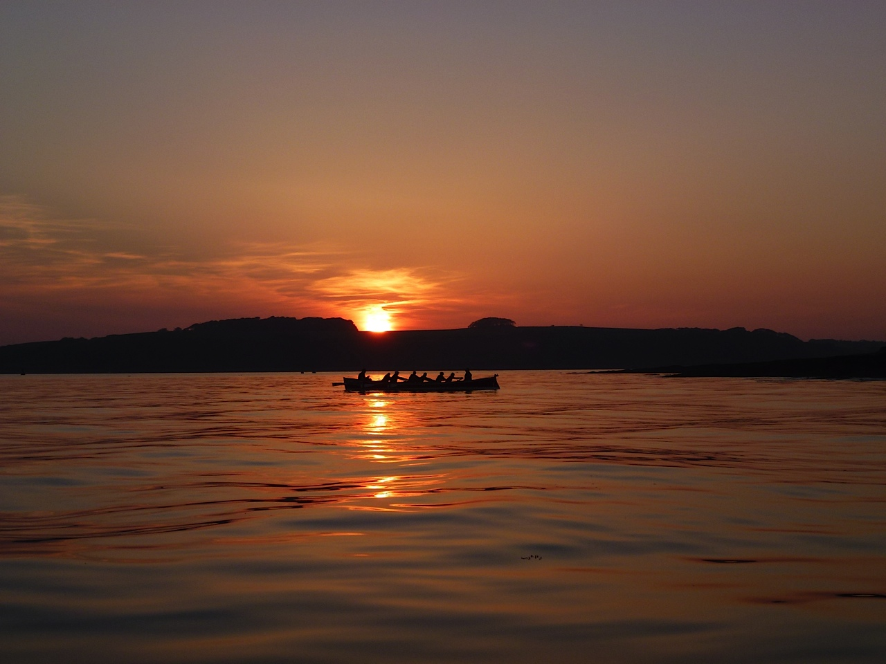Social Rowers Enjoy Evening to St. Mawes